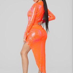 NWOT neon orange sequin bodycon maxi dress
